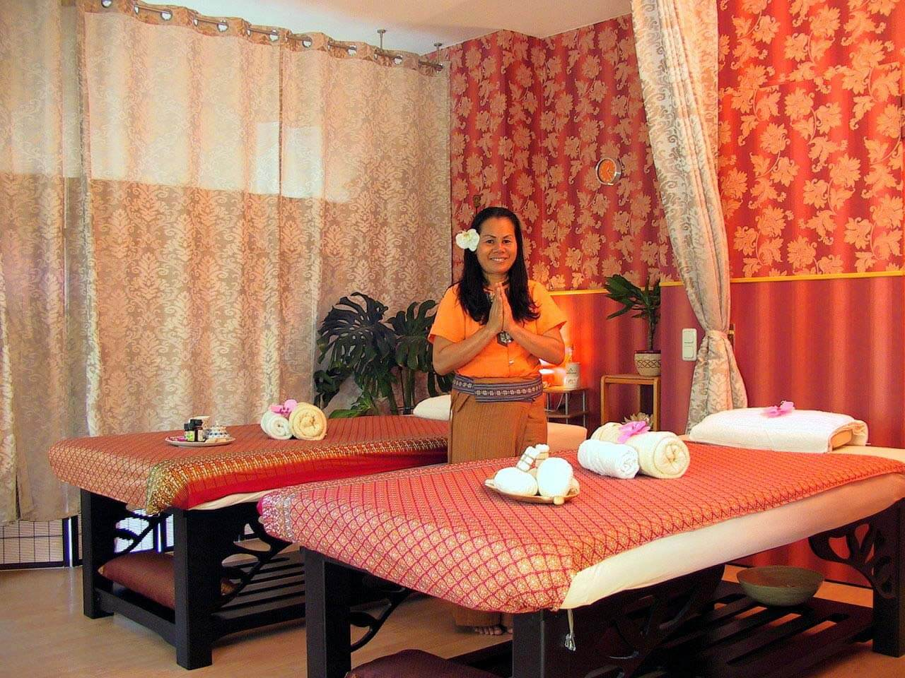 manu die traditionelle thaimassage in dresden. Black Bedroom Furniture Sets. Home Design Ideas